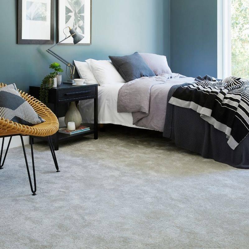 cream carpet in bedroom