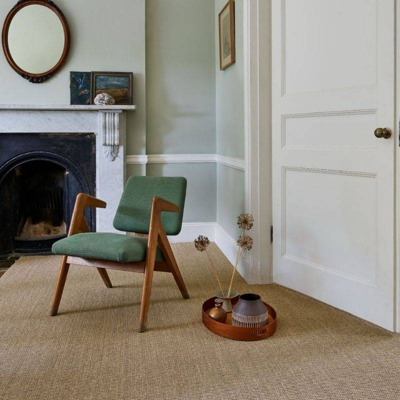 brown patterned carpet in lounge